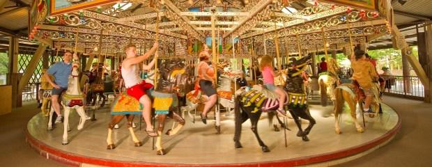 GrandCarousel2